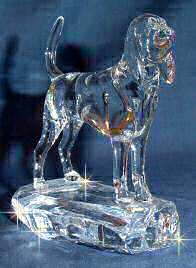 Hand-Sculpted Crystal Statue of Bloodhound 3/4 View