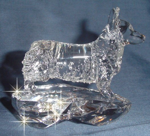 Hand-Sculpted Crystal Statue of Pembroke Welsh Corgi Side View